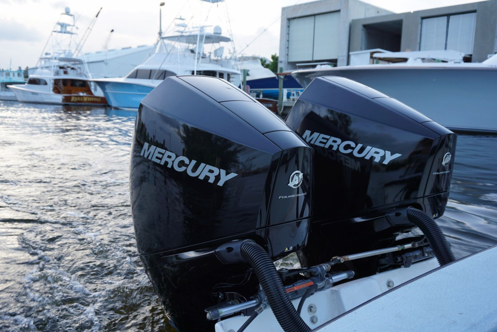 Mercury Fourstrokes 225