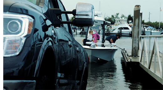 How to Back Up Your Boat Trailer - Mercury Marine
