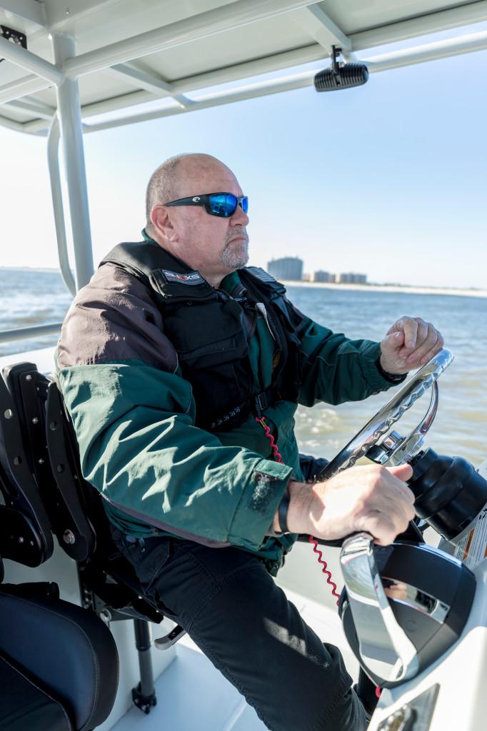 How to Choose the Right Life Jacket - Mercury Marine
