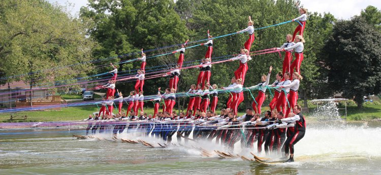 Water ski team sets world record with Mercury support