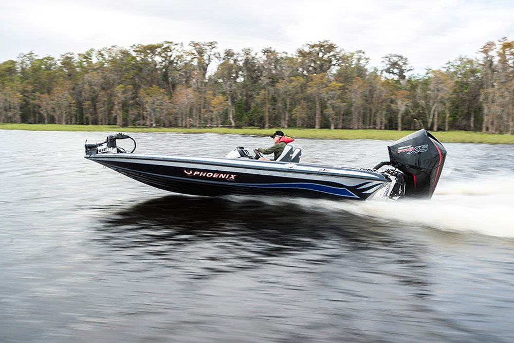 mercury marine introduced something for almost every boater may 18 by  launching 12 new v8 outboards and yet another new v6 model